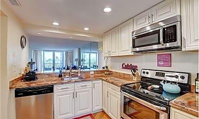 Kitchen, 21 Royal Palm Way, 2