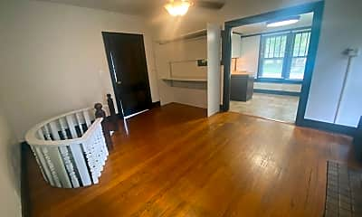 Living Room, 312 W Springfield Ave, 0