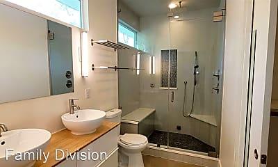 Bathroom, 4802 Duval St, 2