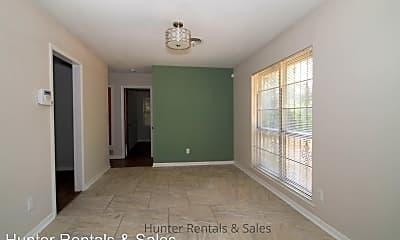 Living Room, 1314 Metropolitan Dr, 2