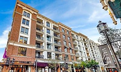 Building, 572 Caruso Ave, 1