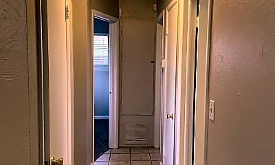Bathroom, 712 SW 4th Pl, 2