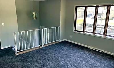 Living Room, 920 Oakview Ln, 1