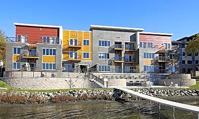 Building, Lake Edge Apartments, 0