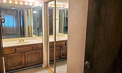 Bathroom, 1190 Ramar Rd, 2