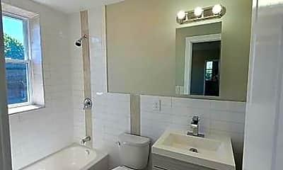 Bathroom, 618 S Orange Ave, 1