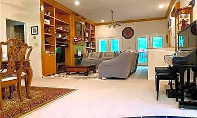 Living Room, 2319 N Aspen Dr, 1