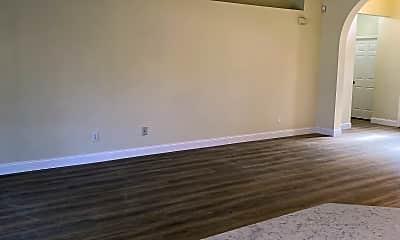 Living Room, 5370 Matthew Ct, 2