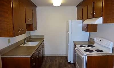 Kitchen, 7101 Roosevelt, 1