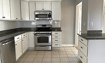 Kitchen, 639 Quincy Shore Dr, 0