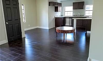80 NW 52nd St 80, 0