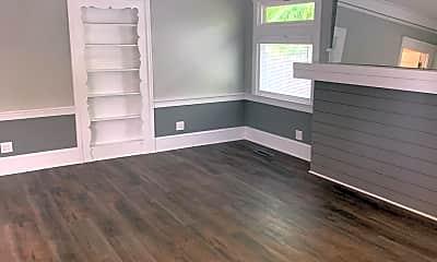 Living Room, 7520 N Mohawk Ave, 1