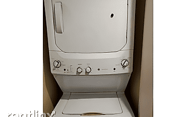 Bathroom, 5810 NE 6th Ave, 2