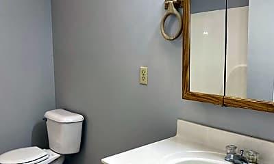Bathroom, 1118 Richmond Green Dr, 2