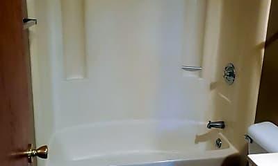 Bathroom, 628 B Harrison Street, 2