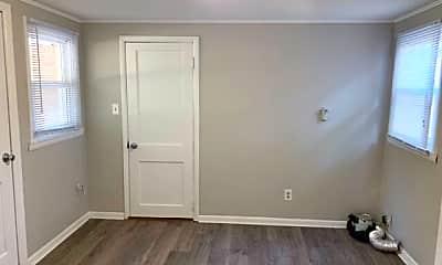 Bedroom, 3902 N Sadlier Dr, 2