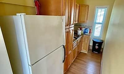 Kitchen, 41 Sylvan St, 1