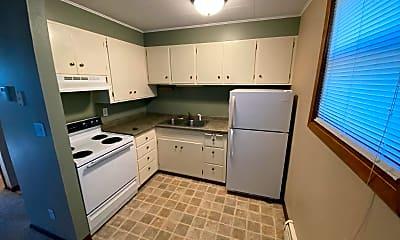 Kitchen, 415 Merriam Ave S, 1