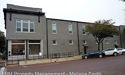 Building, 222 N Beaton St, 0