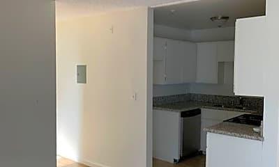 Kitchen, 10323 Woodbine St, 1