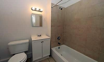 Bathroom, 3512 Clifton Ave Baltimore Apartments, 2