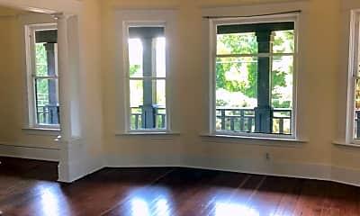 Living Room, 3410 N Missouri Ave, 1