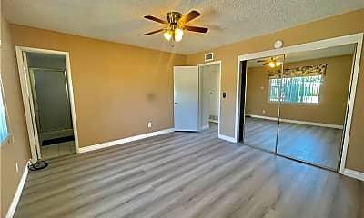 Living Room, 16014 Ocean Ave, 1