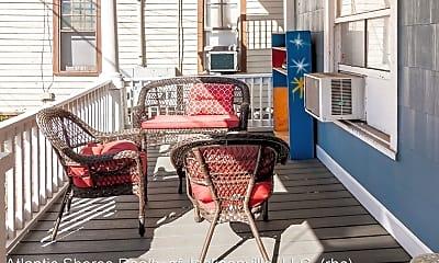 Patio / Deck, 115 E 4th St, 2