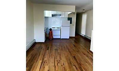 Living Room, 106-45 Union Hall St, 0