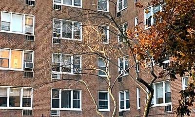 Building, 699 W 239th St 7U, 1
