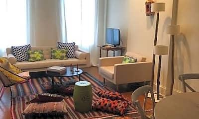 Living Room, 230 E 61st St, 2