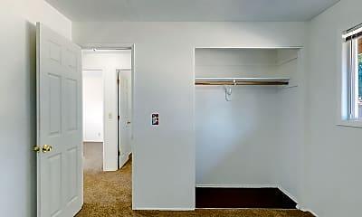 Bathroom, 2571 Hasting St, 2