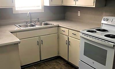 Kitchen, 743 Chestnut St, 1
