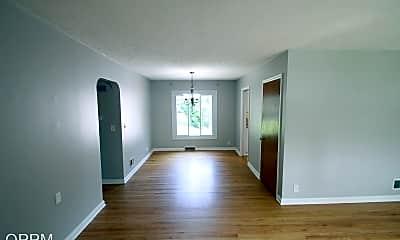 Living Room, 725 N 75th St, 1
