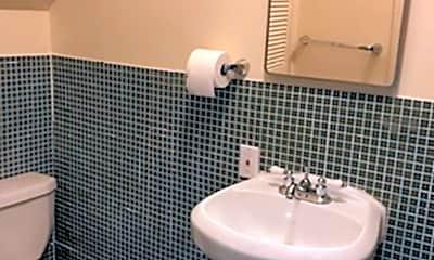 Bathroom, 612 Arno St SE, 2