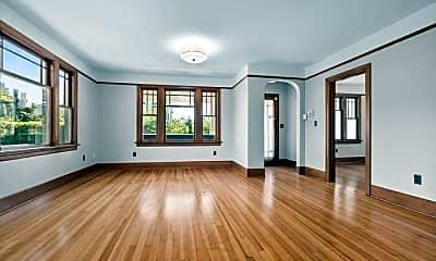 Living Room, 2712 S Judkins St, 1
