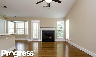 Living Room, 400 S Preston Trl, 1