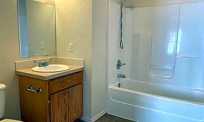 Bathroom, 1306 N 47th St, 2