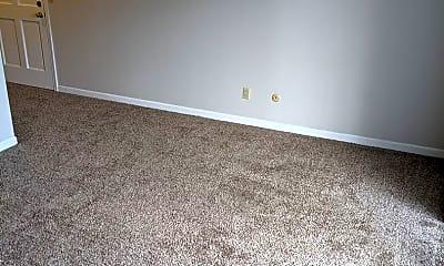 Living Room, 906 E Harding Dr, 1