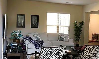 Living Room, 426 Chanson Dr, 1