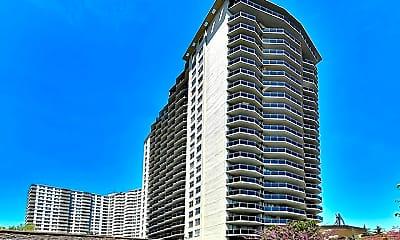 Building, 2077 Center Ave 18C, 2