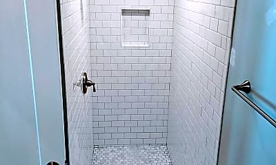 Bathroom, 1915 Capitol Ave NE, 2