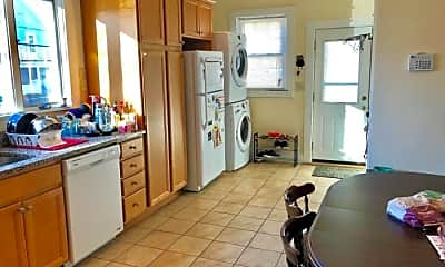 Kitchen, 562 Main St, 1