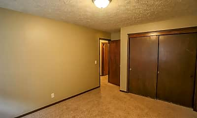 Bedroom, Maple Ridge Apartments, 2