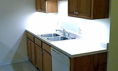 Kitchen, 169 Hillcrest Ln, 1