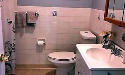 Bathroom, 8 Vinton St 2, 2