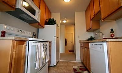 Redwood Grove Apartments, 0