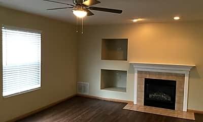 Living Room, 7716 Haverhill Lane, 1