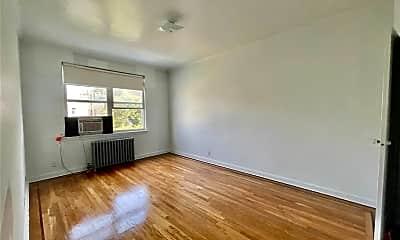 Living Room, 30-54 49th St 2FL, 2