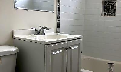 Bathroom, 829 S. Bonnie Brae, 2